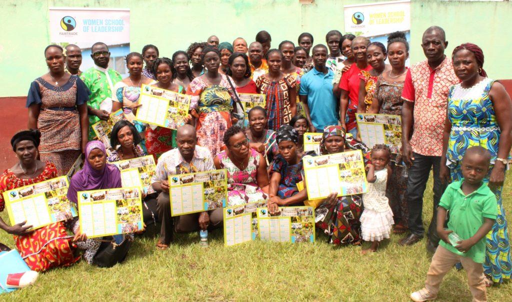 Foto di gruppo dei partecipanti alla seconda Scuola di Leadership femminile di Fairtrade Africa
