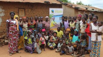 Foto di gruppo alla Scuola di leadership femminile di Fairtrade Africa