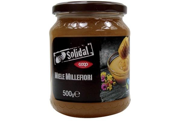 Dolce al punto giusto, un sapore rotondo, pieno, ma non troppo intenso, un ottimo profumo contraddistinguono il Miele Millefiori Solidal Coop.