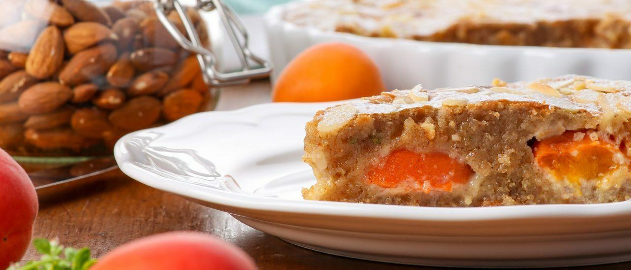 Torta fiocchi d'avena e albicocche